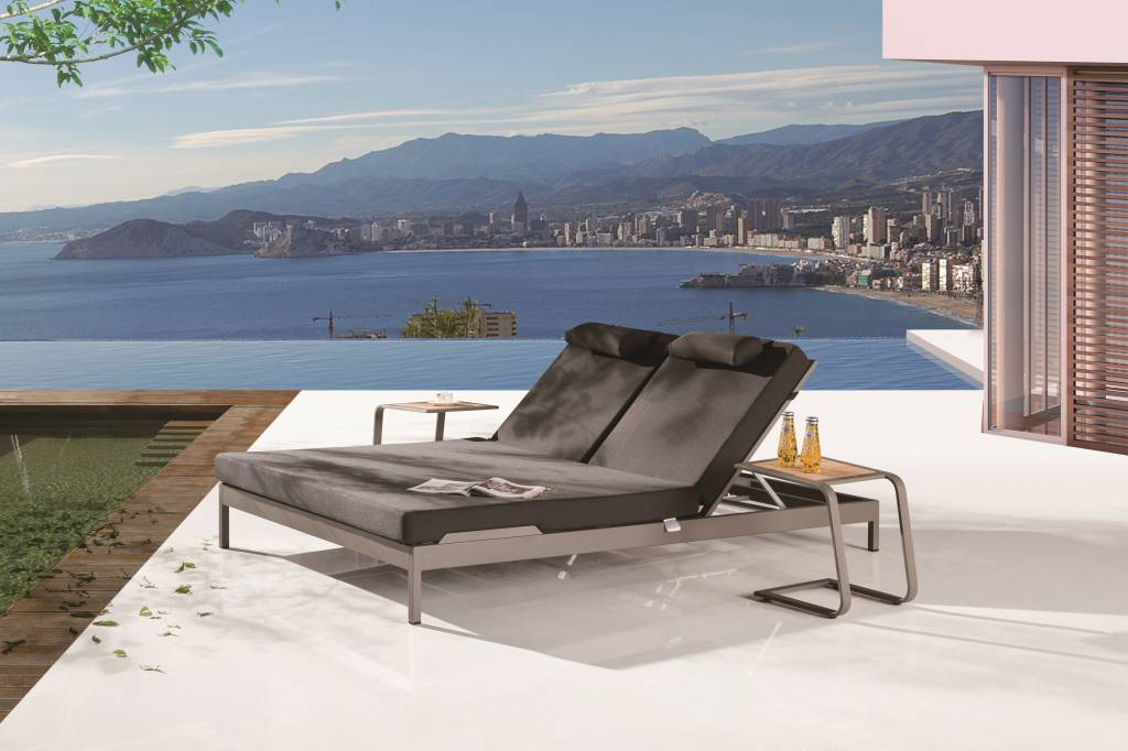 Barite Modern Outdoor Double Beach Bed