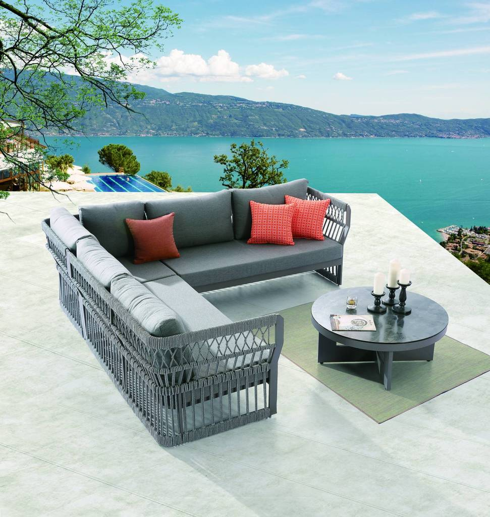 Seattle Sectional Set   Modern Outdoor Sofa With Aluminum Frame And Rope