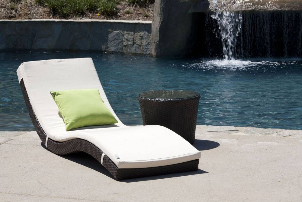 Metropolis Wave Sun Lounger Restaurant Patio Furniture
