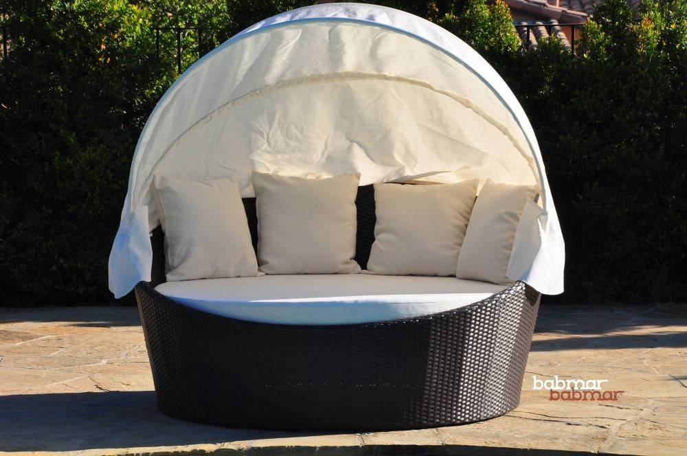 Outdoor Daybed Pillows