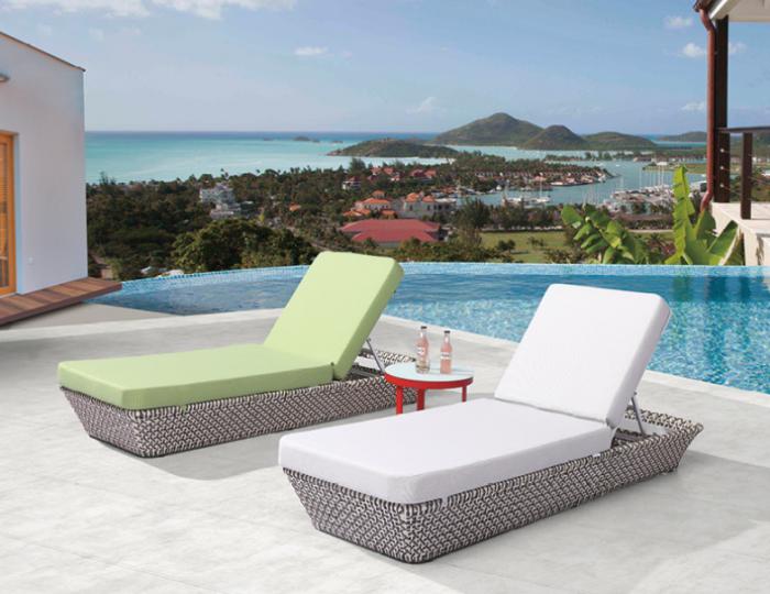 Evian Single Chaise Lounge