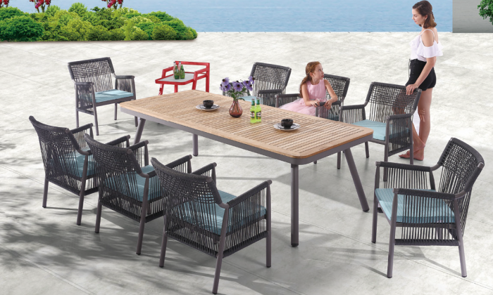 Venice Dining Set for 8 with Woven Sides