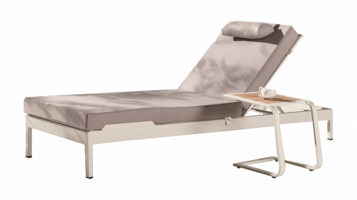 Barite Outdoor Chaise Lounge - Image 1