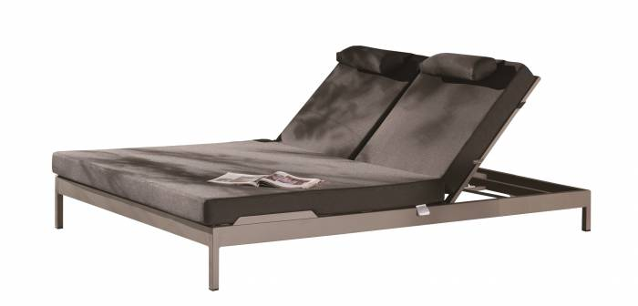 Barite Outdoor Double Chaise Lounge