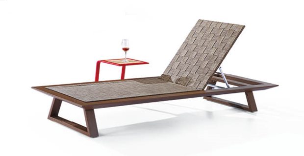 Luxe Single Chaise - Image 1
