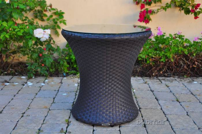 Babmar - Obsidian Side Table