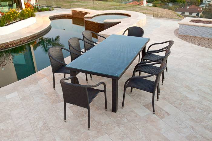 Luna Dining Set For Eight