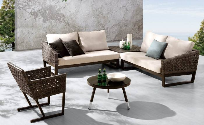 Palermo Sectional Set With Chair