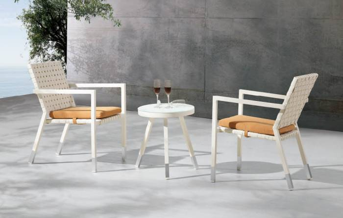 Taco Modern Outdoor Chair Set for 2 with side table