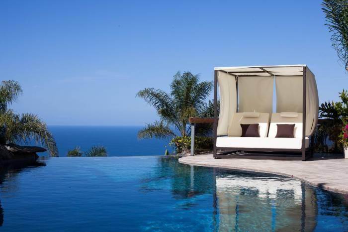 Babmar - Riviera Outdoor Daybed - Image 1