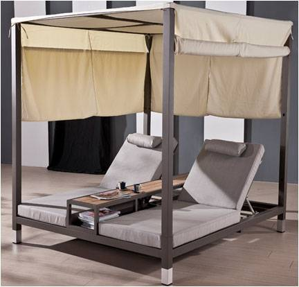 Amber Double Daybed with canopy