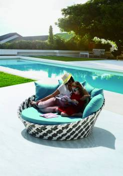 Outdoor Furniture Sets - Outdoor Daybeds - Verona Round Daybed