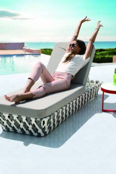 Outdoor Furniture Sets - Outdoor Chaise Lounges - Verona Modern Outdoor Single Chaise Lounge Daybed