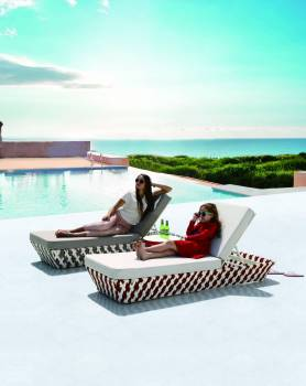Verona Modern Outdoor Single Chaise Lounge Daybed - Image 2