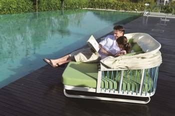 Hyacinth Daybed with Canopy