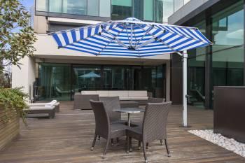 Babmar - Aurora Cantilever Umbrella - Image 4
