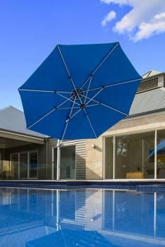 Babmar - Aurora Cantilever Umbrella - Image 9