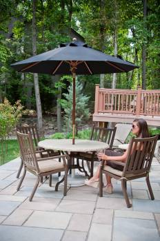 Venetian Wood Pulley-Lift Umbrella