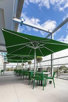 Nova Giant Centerpost Umbrella