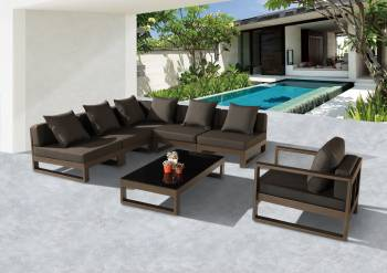 "Amber ""V"" Shape Sectional With Club Chair"
