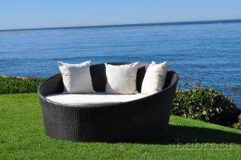 Outdoor Furniture Sets - Outdoor Daybeds - Babmar - Circular Modern Daybed